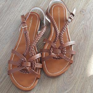 Report Sandals 7.5 like new